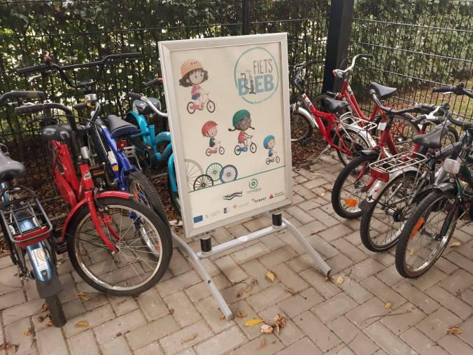 foto fietsbieb.jpg